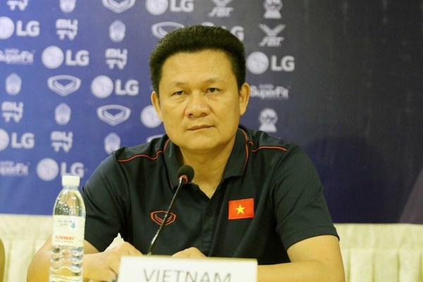 Nhọc nhằn thắng U22 Philippines, HLV U22 Việt Nam nói gì?