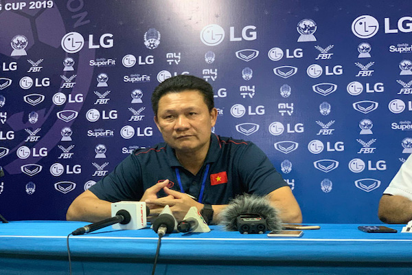 Nhất bảng A và vào bán kết, HLV Quốc Tuấn hài lòng với U22 Việt Nam