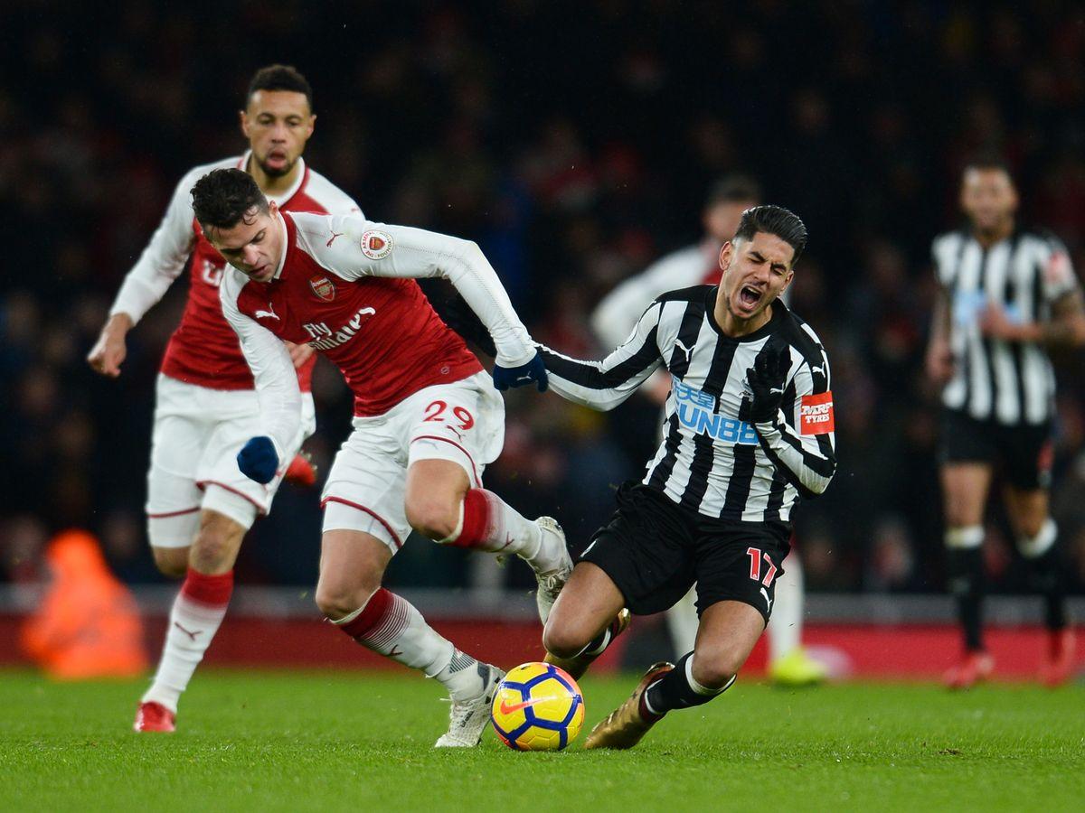 Lịch thi đấu bóng đá Anh hôm nay (1/4): Arsenal vs Newcastle