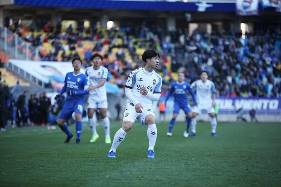 Nhận định Jeonbuk Motors vs Incheon United, 14h ngày 6/4 (K- League 2019)