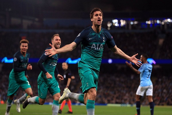 Man City 4-3 Tottenham: Man City dừng bước trên sân nhà