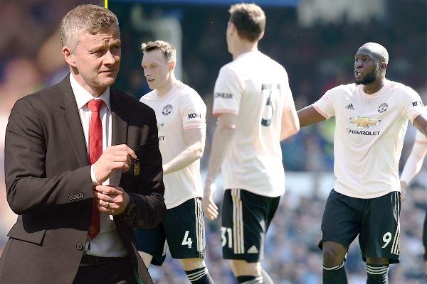 Huyền thoại MU dự đoán tương lai của Solskjaer tại sân Old Trafford