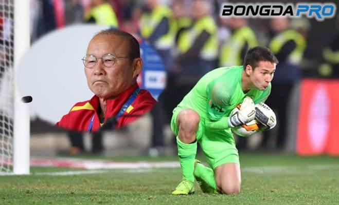 Lọt đội hình tiêu biểu giải VĐQG Séc, Filip Nguyễn ghi điểm với HLV Park Hang-seo