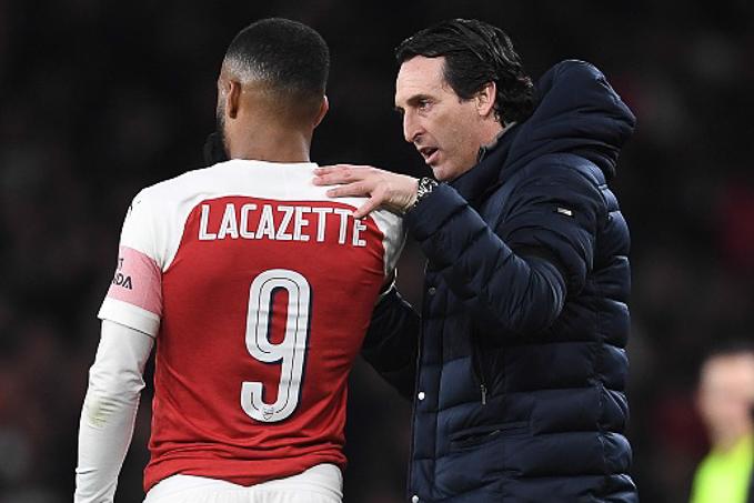 Thắng đậm lượt đi, Lái trưởng Arsenal vẫn lo mất vé chung kết Europa League