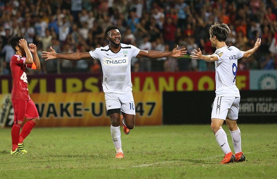 5 điểm nhấn vòng 10 V-League 2019: Thất vọng các tuyển thủ quốc gia