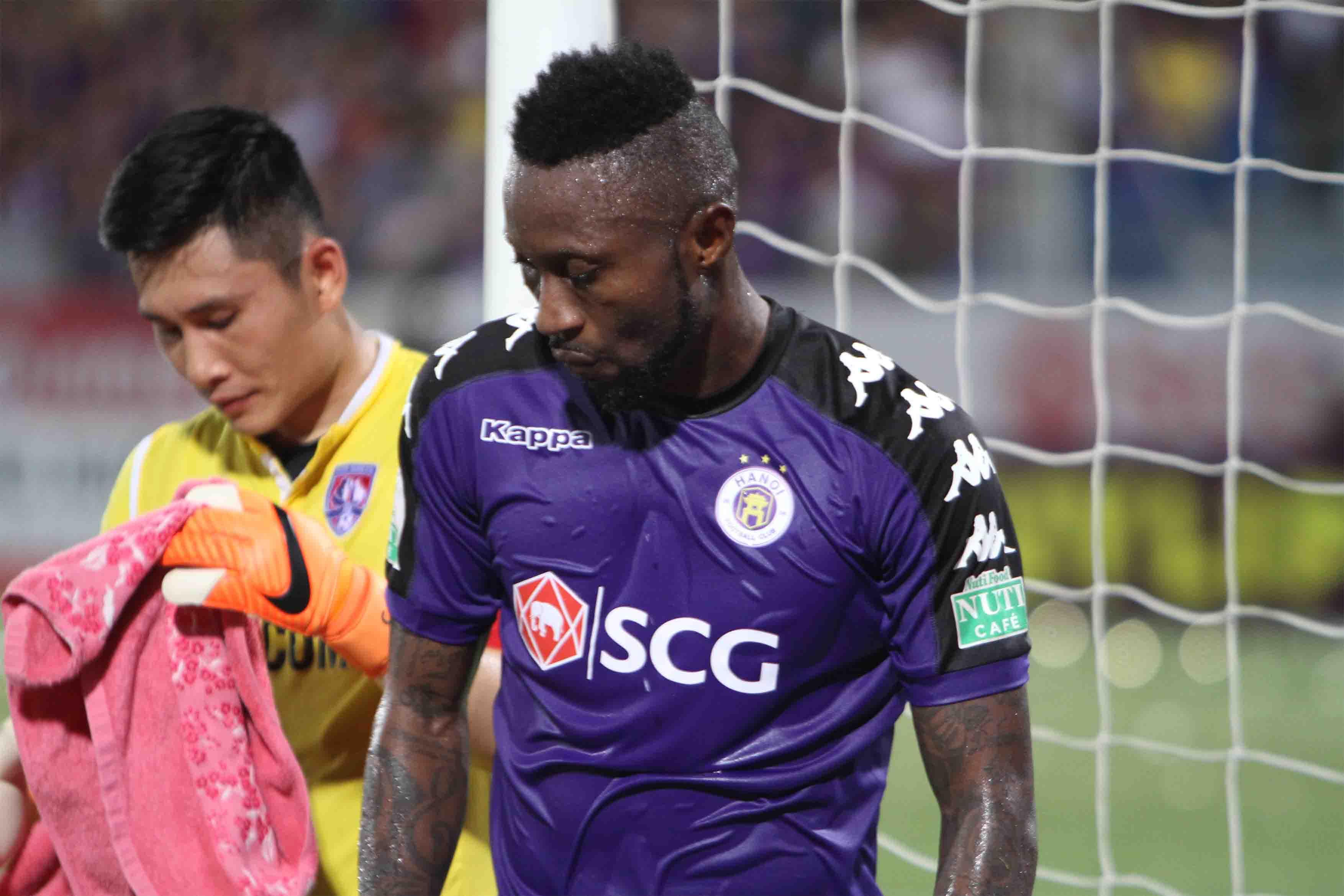 Cầu thủ nhập tịch như Hoàng Vũ Samson hết hy vọng lên tuyển dự King's Cup 2019