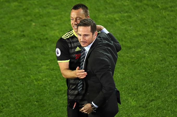 Lampard và Terry đụng độ ở trận cầu đắt giá nhất thế giới