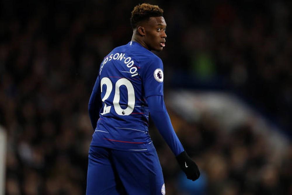 Hudson-Odoi lấy áo số 10, Hazard chắc chắn rời Chelsea