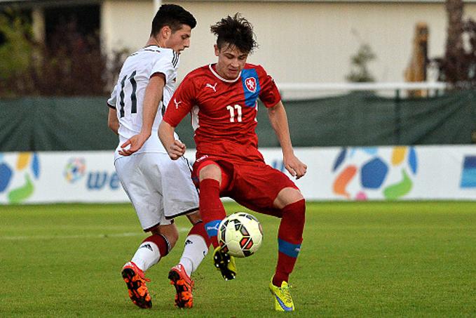 Trực tiếp U18 Tây Ban Nha vs U18 Séc, 17h ngày 23/5