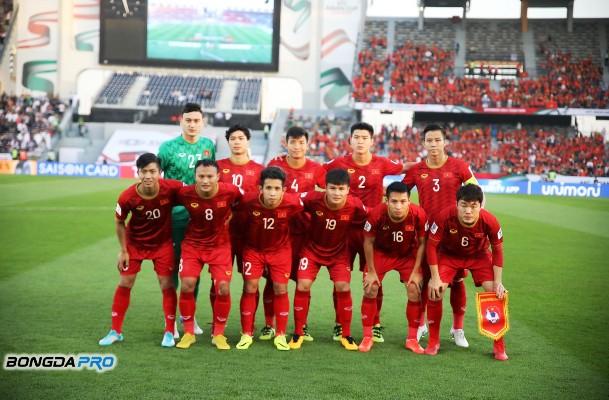 Tuyển Việt Nam dự King's Cup 2019: Không lao vào tâm bão