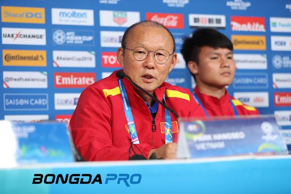 HLV Park Hang-seo từng dự King's Cup khi còn là cầu thủ