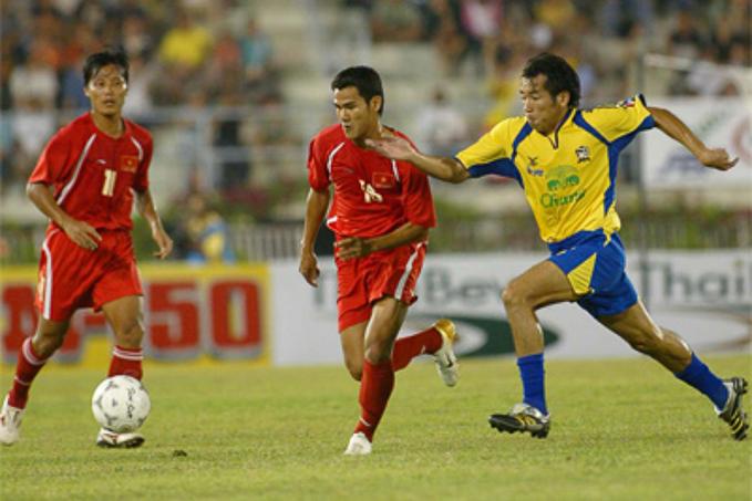 Lịch sử đối đầu Việt Nam vs Thái Lan tại King's Cup: Nỗi buồn 2006