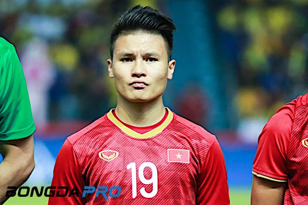 HLV Hà Nội FC báo tin buồn về Quang Hải