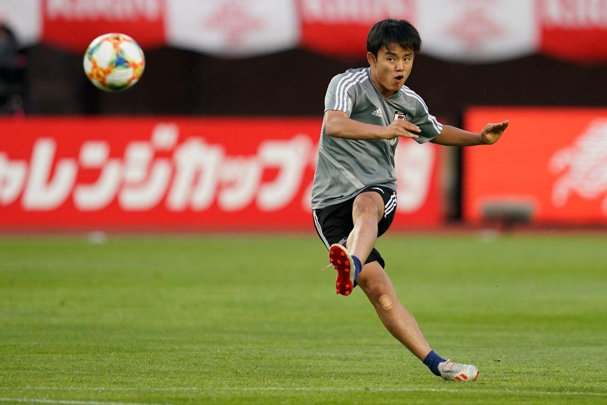 Đánh bại Barca, Real Madrid chính thức có 'Messi Nhật Bản'