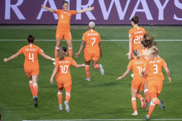 Nữ Italia 0-2 Nữ Hà Lan: Cơn lốc màu da cam quét vào bán kết