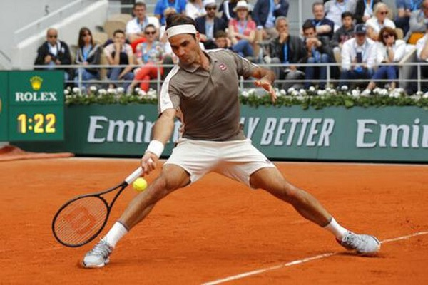 Federer và Nadal dắt tay nhau vào vòng 2 Wimbledon 2019