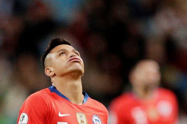 Andre Carrillo làm lu mờ Alexis Sanchez ở bán kết Copa America 2019
