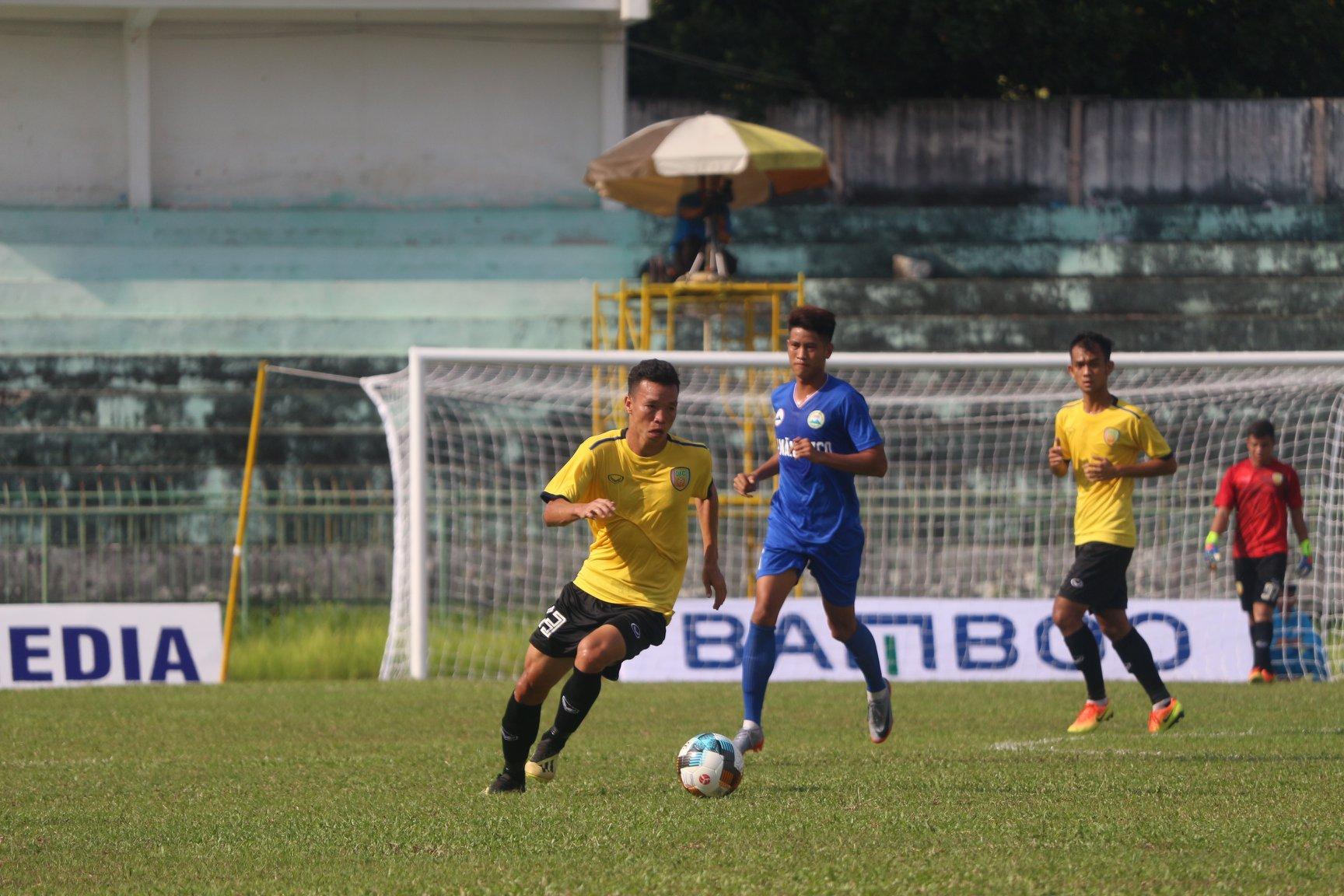 Trực tiếp Đắk Lắk 0-0 Đồng Tháp (H1): Chủ nhà tìm kiếm cơ hội