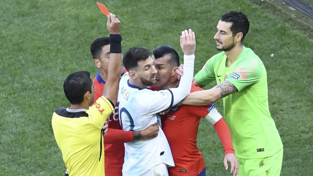 BTC Copa America 2019 chính thức 'phản pháo' Lionel Messi