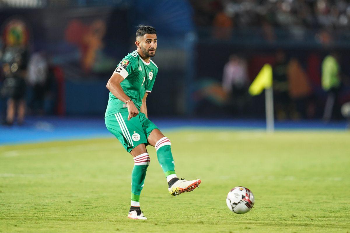 Riyad Mahrez sáng cửa giành danh hiệu Cầu thủ xuất sắc nhất CAN 2019