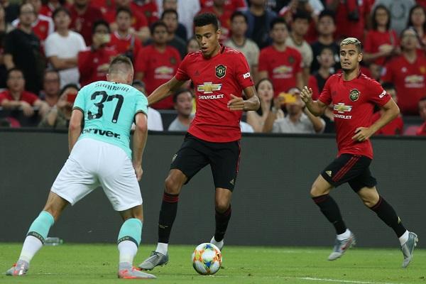 Bảng xếp hạng ICC 2019: MU nỗ lực bám đuổi Arsenal