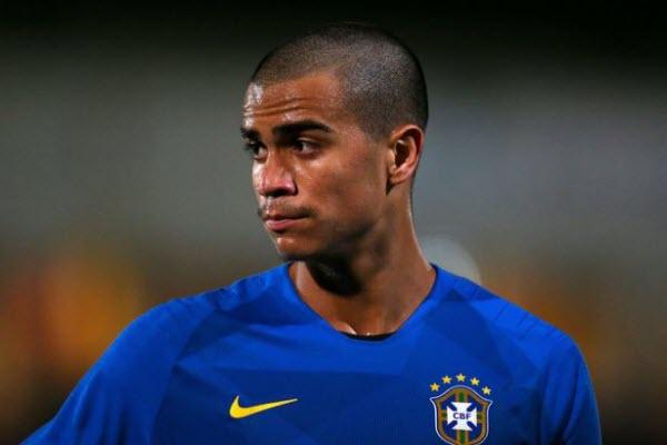 Everton vượt mặt Liverpool giành sao trẻ Brazil