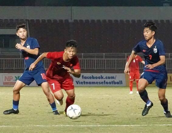 Trực tiếp U18 Việt Nam 0-1 U18 Campuchia (H2): Choáng váng