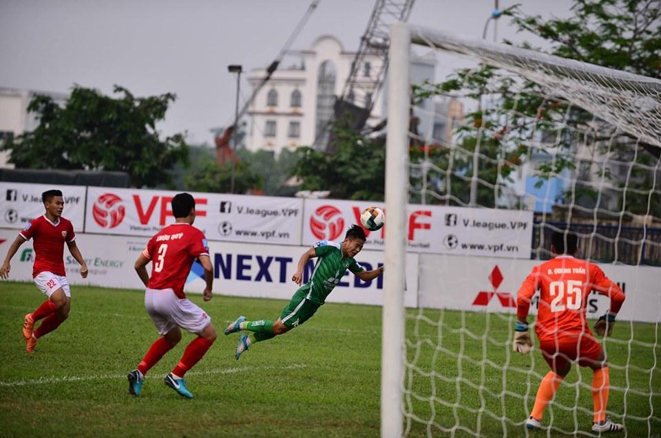 Trực tiếp Hồng Lĩnh Hà Tĩnh 3-0 Phù Đổng (H2): Định đoạt trận đấu