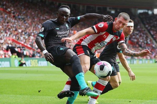 Southampton 1-2 Liverpool: Mane và Firmino tỏa sáng giúp Liverpool dẫn đầu