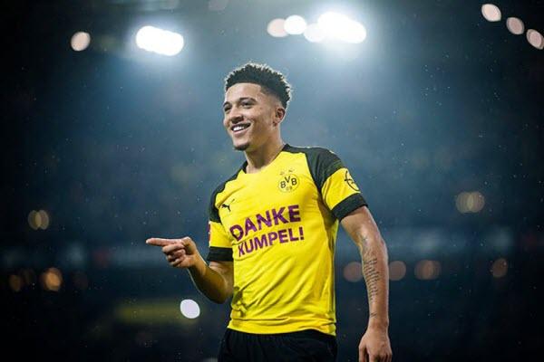Dortmund giữ chân sao trẻ Jadon Sancho bằng lương khủng