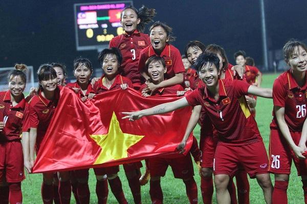 Nữ Việt Nam 0-0 nữ Thái Lan (Hiệp phụ: 1-0): Đoàn quân HLV Mai Đức Chung vô địch
