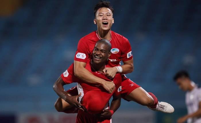 Hà Nội FC chuẩn bị đón trụ cột của Viettel