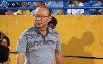 Bỏ qua cầu thủ HAGL, HLV Park Hang Seo chúc mừng Quang Hải
