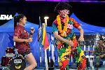 Xuân Trường hoá thân vũ công gây sốc tại Buriram United