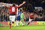 Giúp MU 'bước qua xác' Chelsea, Solskjaer chính thức vượt mặt Mourinho
