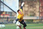 Muangthong United vs Prachuap: Đặng Văn Lâm có bao nhiêu % cơ hội bắt chính?