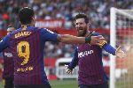 Lionel Messi đạt cột mốc ấn tượng sau cú hat-trick cứu rỗi Barcelona