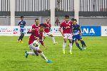 Trực tiếp Đắk Lắk vs Phố Hiến (H1 0-1): Tân binh gây sốc