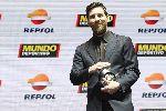 Messi nhận giải thưởng sánh ngang thánh Cruyff tại Catalunya