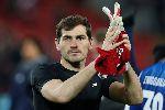 Iker Casillas được bác sĩ khuyên giải nghệ sau cơn đau tim