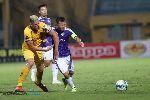 Quá tuổi băm, Thành Lương vẫn rê bóng hay nhất V-League 2019