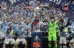 Man City đi vào lịch sử bóng đá Anh sau cú ăn ba vĩ đại