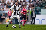 Chuyển nhượng 22/5: Juve đón Higuain, M.U mua sao trẻ, Varane ở lại Real