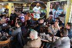 Lionel Messi tặng thức ăn và áo ấm cho người vô gia cư ngay trong Copa America 2019