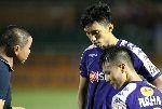 Quang Hải bị HLV Hà Nội FC nhắc nhở ngay sau khi ghi bàn vào lưới Sài Gòn