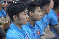 Xuân Trường tiết lộ Văn Thanh khóc như mưa sau pha ăn mừng cực ngầu