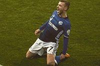 Tương lai Max Meyer:  Schalke 04 'buông', MU, Arsenal và Barca 'trải thảm đỏ'