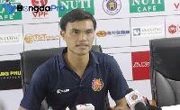 HLV Phan Văn Tài Em tiết lộ nguyên nhân khiến Sài Gòn phải chia điểm với Hà Nội FC