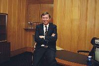 Sir Alex Ferguson đã hồi tỉnh, có thể ngồi dậy và nói chuyện sau ca phẫu thuật