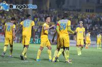 Trực tiếp kết quả vòng 10 V-League 2018 hôm nay 30/5: SLNA 1-2 Hà Nội FC